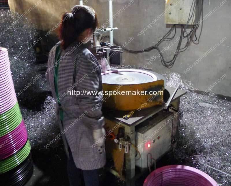 Automatic-Aluminium-Wheel-Rim-High-Light-Edge-Lathing-Machine