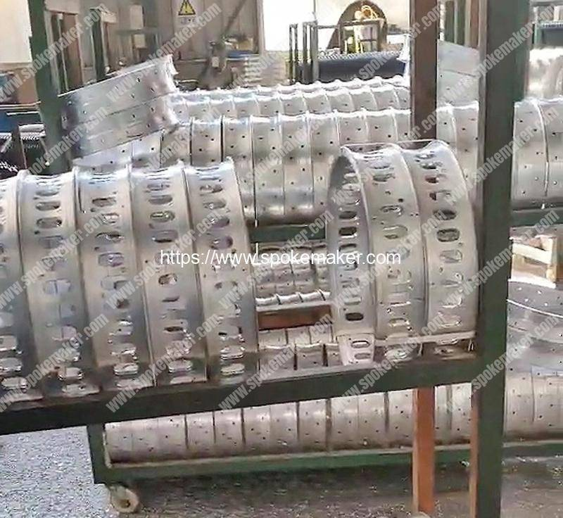 Automatic-Aluminum-Alloy-Rim-Oval-Hole-Milling-Machine